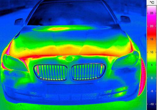 infraröd kamera motorhuv